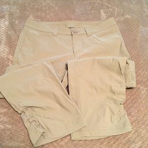 Eddie Bauer First Ascent capri pants. Women's sz 4